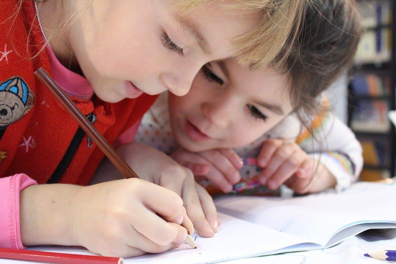 兒童繪畫與著色